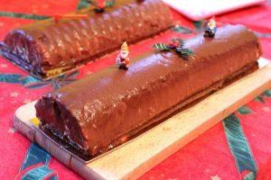 buche rose à la pistache couverture chocolat