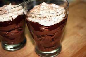 Recette de mousse de chocolat noir à la chantilly et au grand marnier
