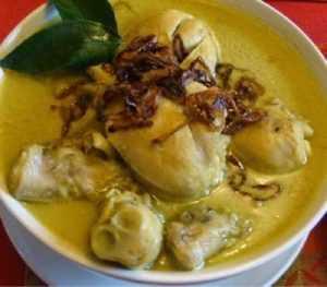 Recette opor ayam, poulet à l'indonésienne