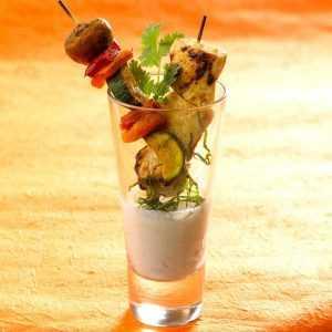 Recette Mini duo de brochettes de poulet et légumes
