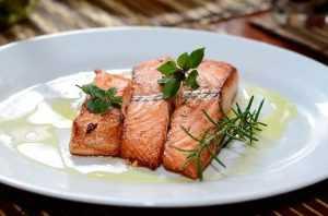 Recette Saumon rôti et petits choux