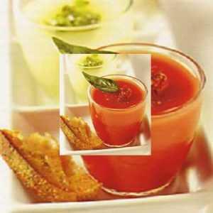 Soupe glacée tomates, poivrons et son sorbet de tomates