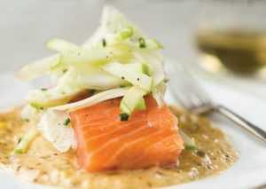 Recette Saumon mariné au poivre, fenouil croquant