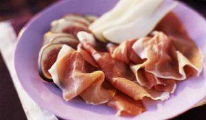 Recette Chiffonnade de jambon poire et roquefort