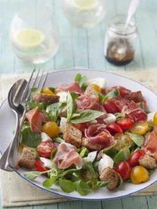 Recette Salade mâche, jambon de Bayonne, mozzarella