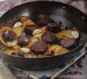Recette de fricaude (boudin noir, foie et rognon de porc)
