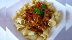 Recette Fricassée de porc à la langue de boeuf (champignon) et au corbières