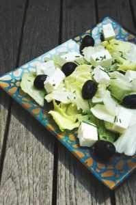 Recette Salade iceberg à la feta et aux olives
