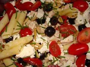 Recette Salade de pâtes au poulet et à la feta